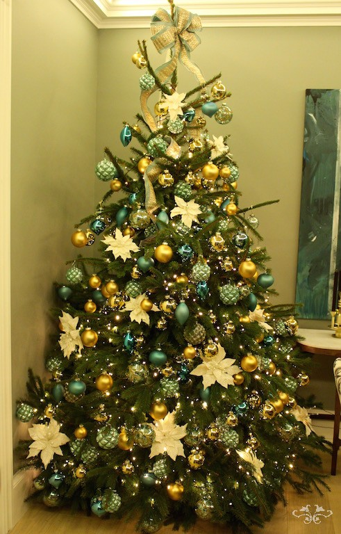 neill strain bespoke christmas treejpg - Yellow Christmas Decorations