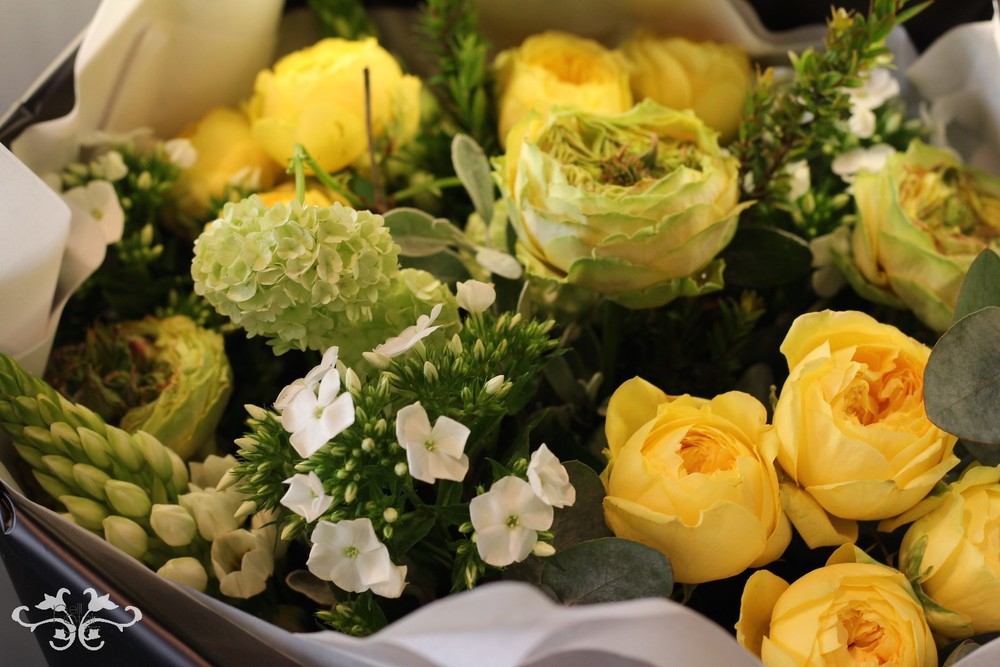 luxury flowers Knightsbridge.jpg