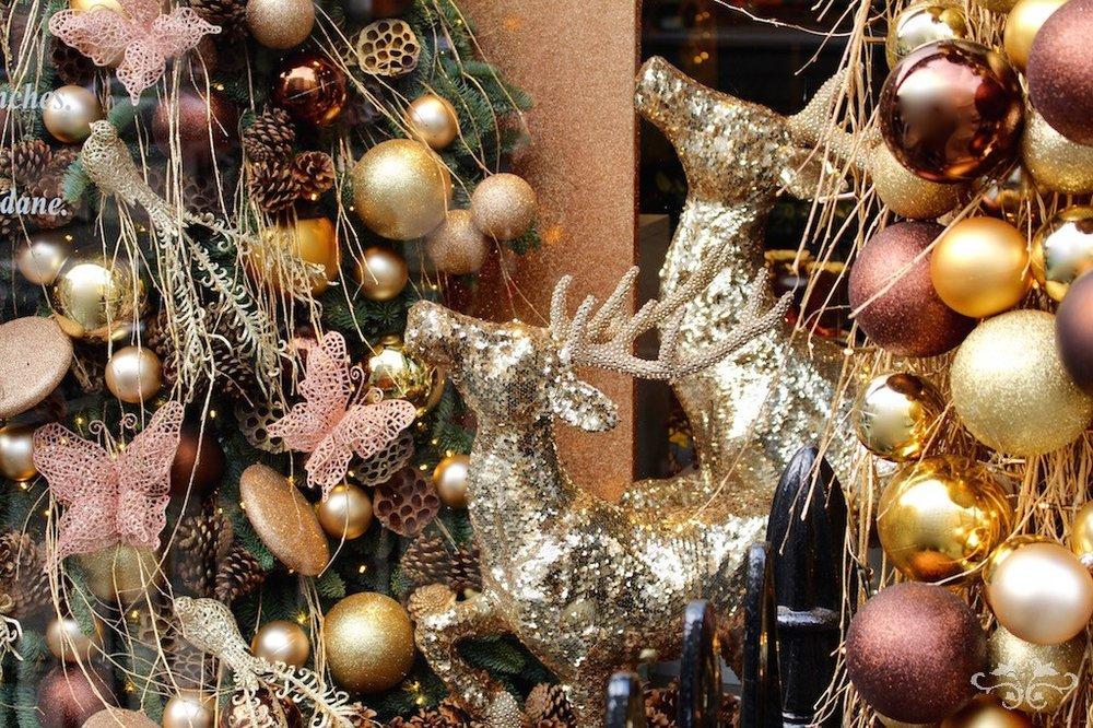 2016 Christmas in Belgravia Knightsbridge Chelsea by Neill Strain