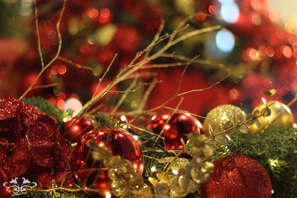 Traditional luxury Christmas decor London