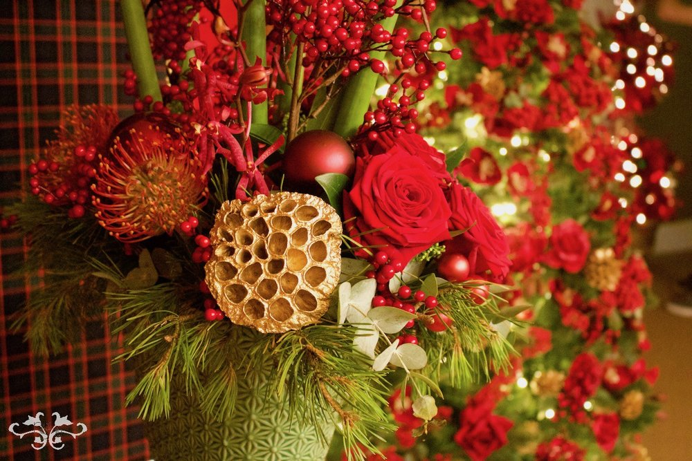 The essence of a traditional Christmas in red, gold and green.