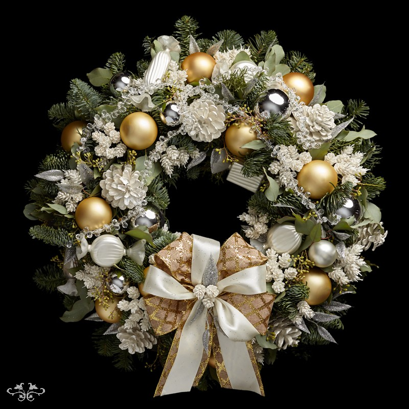 door creative decorate roundup wreath entertain ideas and doors wreaths balancing christmas article act