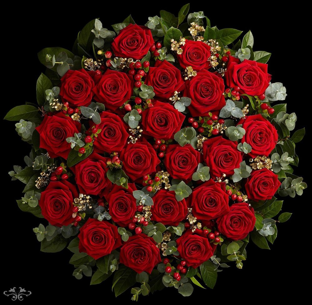 Red Naomi Rose Bouquets by Neill Strain London