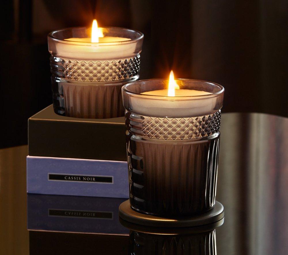 Neill Strain Floral Couture Candle Cassis Noir