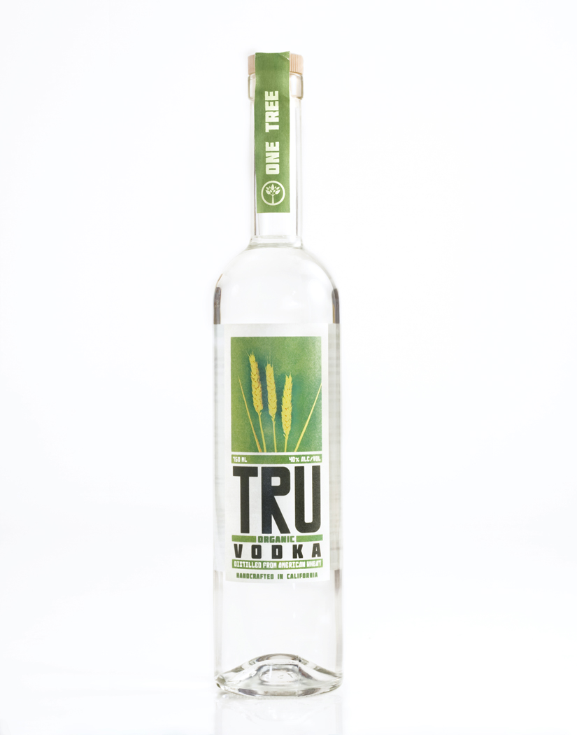 truorganic_vodka_LoRes.jpg