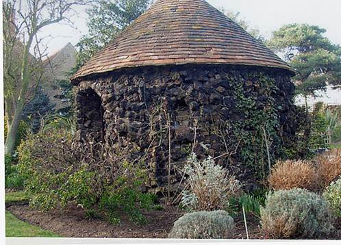 Bee House - South Shoebury Hall - Southend-on-Sea - HV Clark