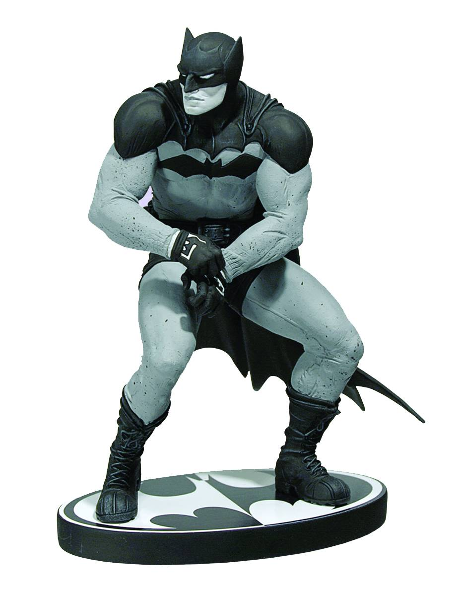 Batman%20Black%20and%20White%20Paul%20Pope%20Statue.jpeg