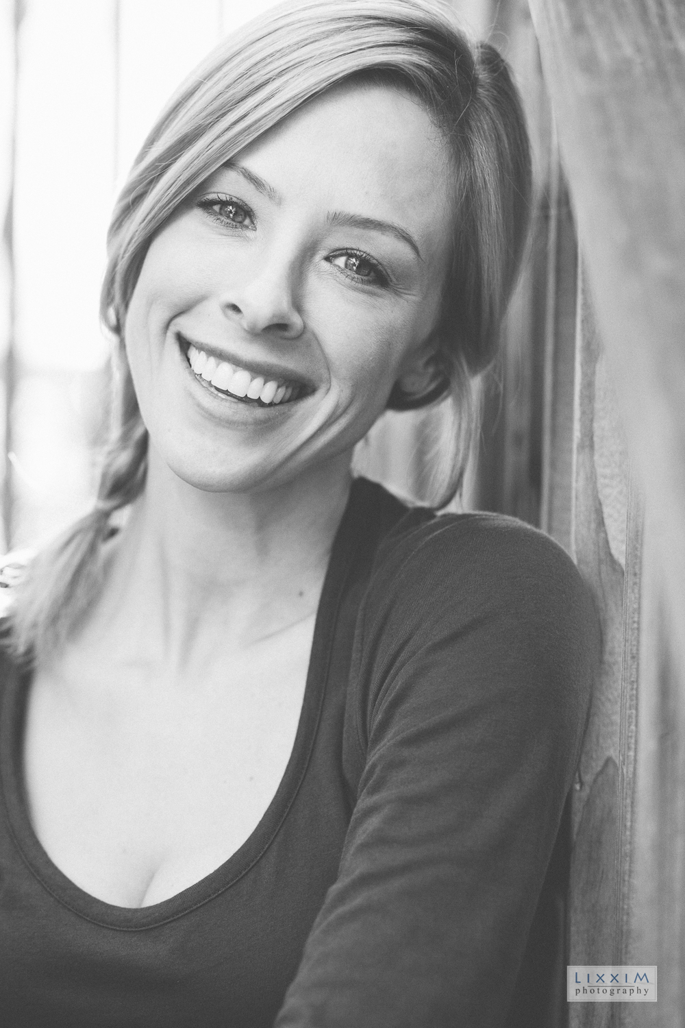 lifestyle-portrait-headshot-women-face-photography-sacramento-california.jpg