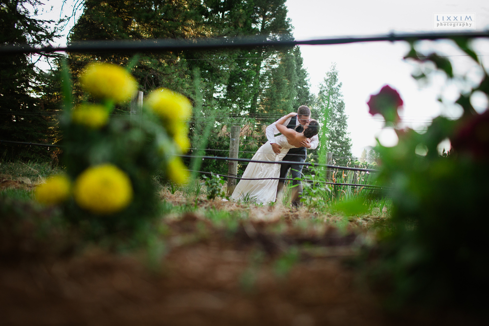 Flower-farm-wedding-camino-california-lixxim-photography.jpg