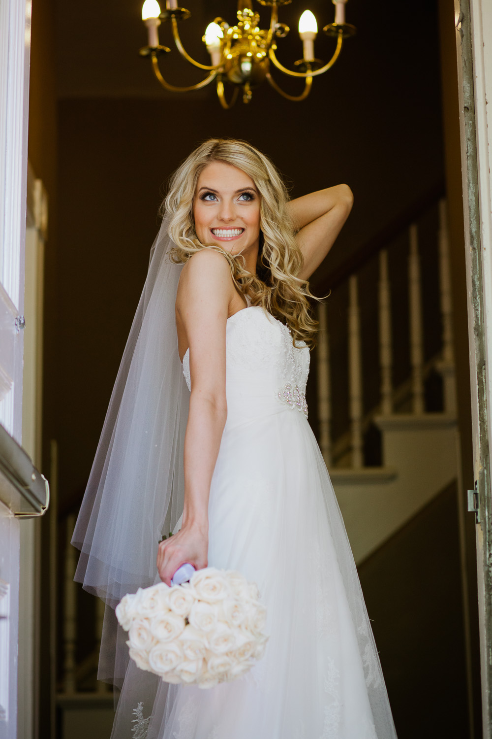sterling-hotel-sacramento-california-downtown-wedding-bride-happiness-lixxim
