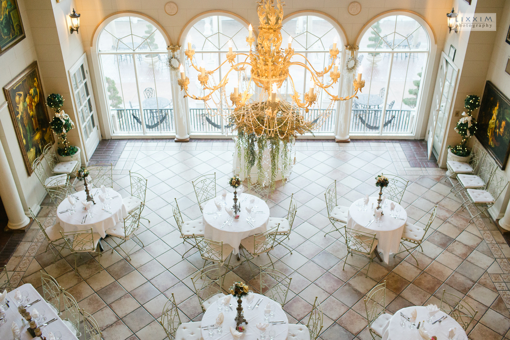grand-island-mansion-reception-area-wedding-picture-photogrpahy.jpg