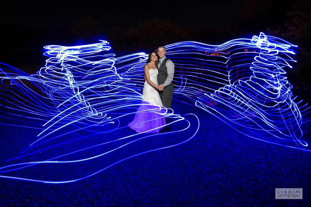 night-light-painting-wedding-photography-idea-cool-lixxim-sacramento