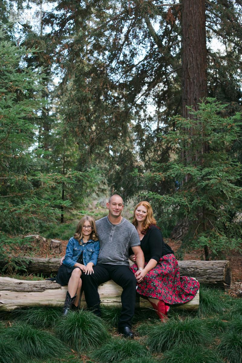 uc-davis-arboretum-engagement-pictures-lixxim-photography