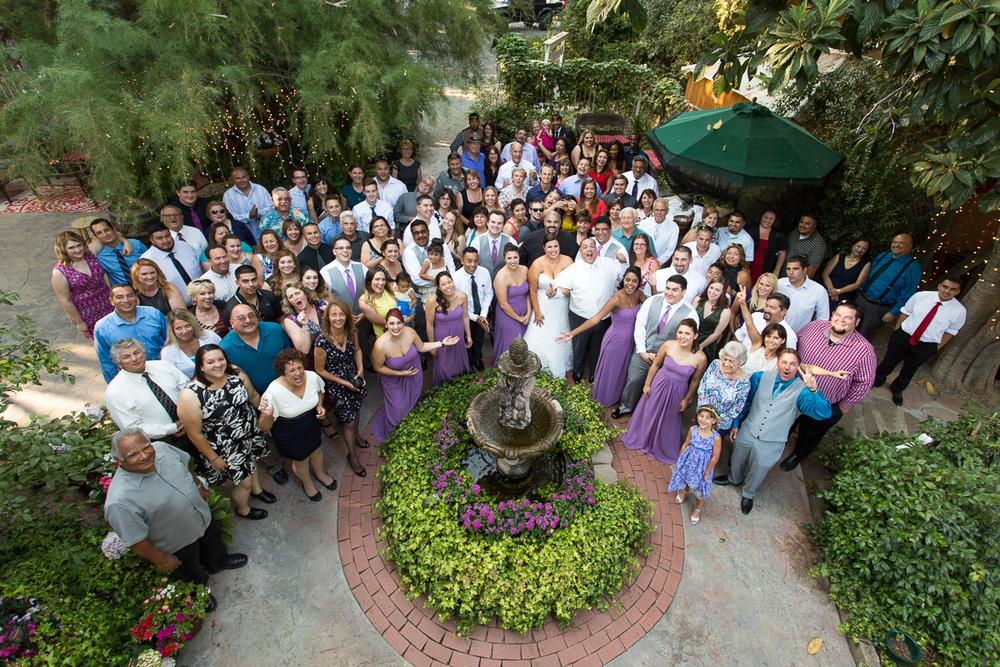 heirloom-inn-ione-california-wedding-photographer-group-fountain