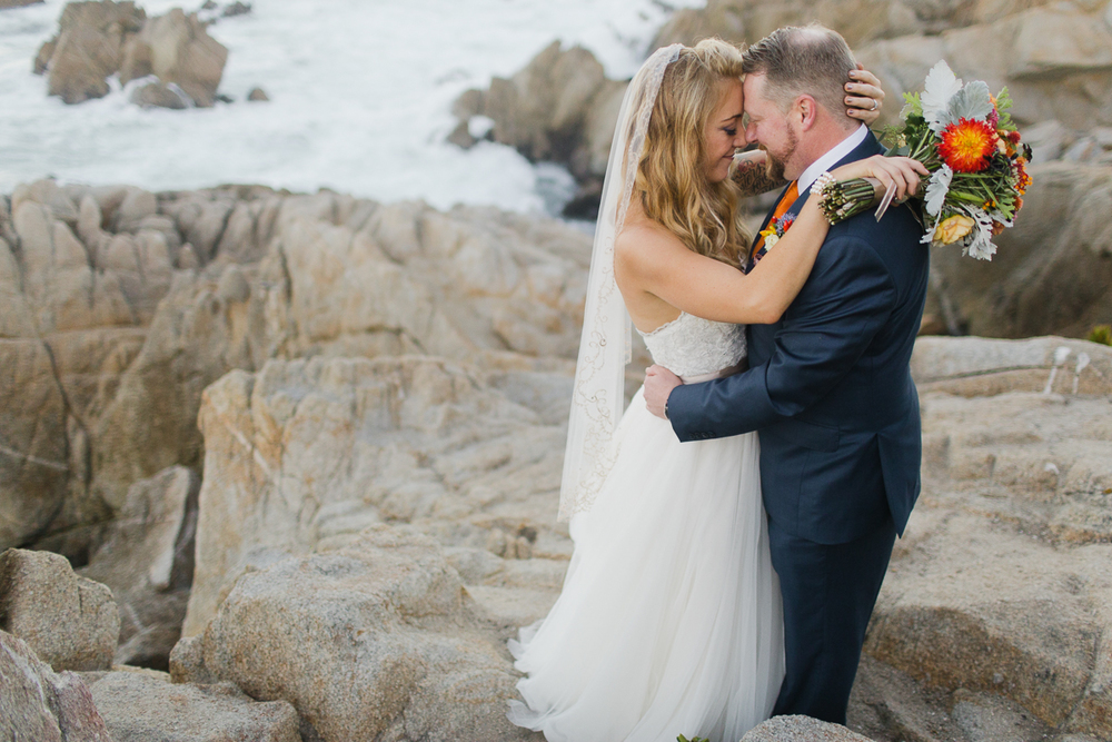 wedding-in-monterey-california-on-the-beach-rocks-coast