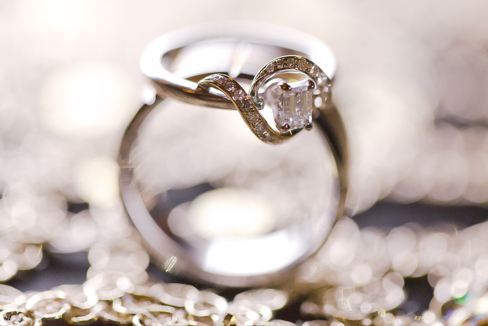 Photo of the week Abstracty Wedding Ring Details Lixxim Photography