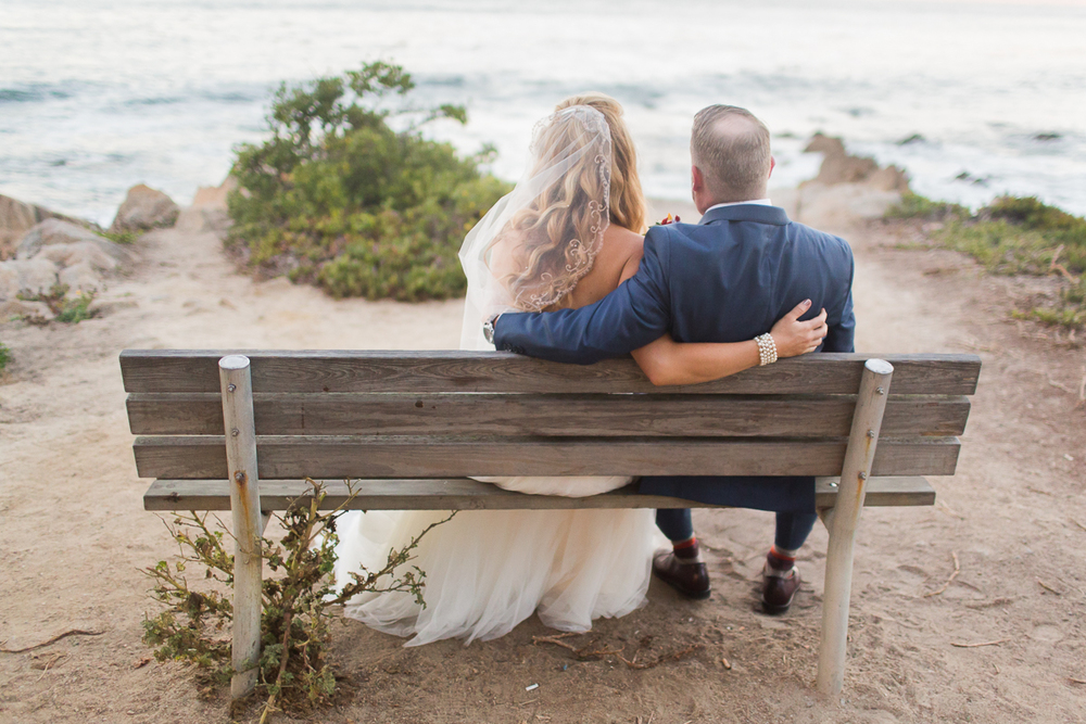 monterey-wedding-photographer-lixxim-ocean-beach-front-pacific-bench-romantic
