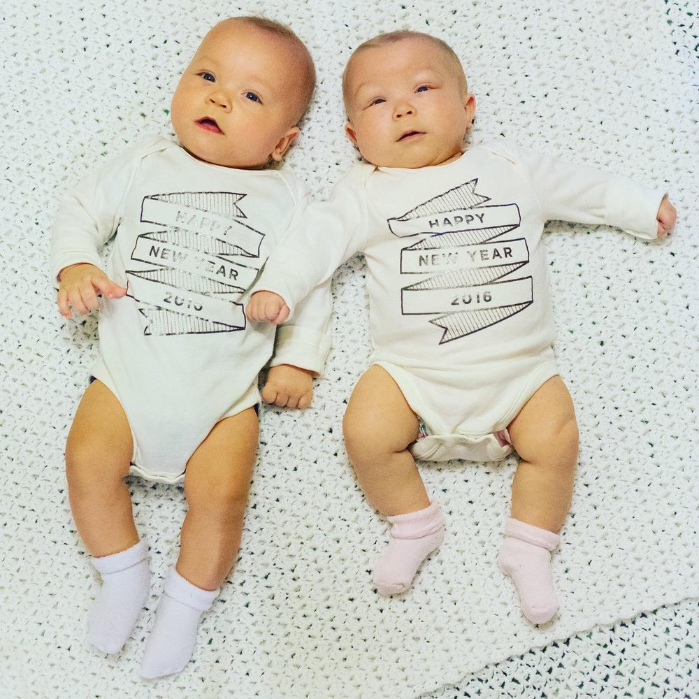 twin-babies-boy-girl-happy-new-year-2016