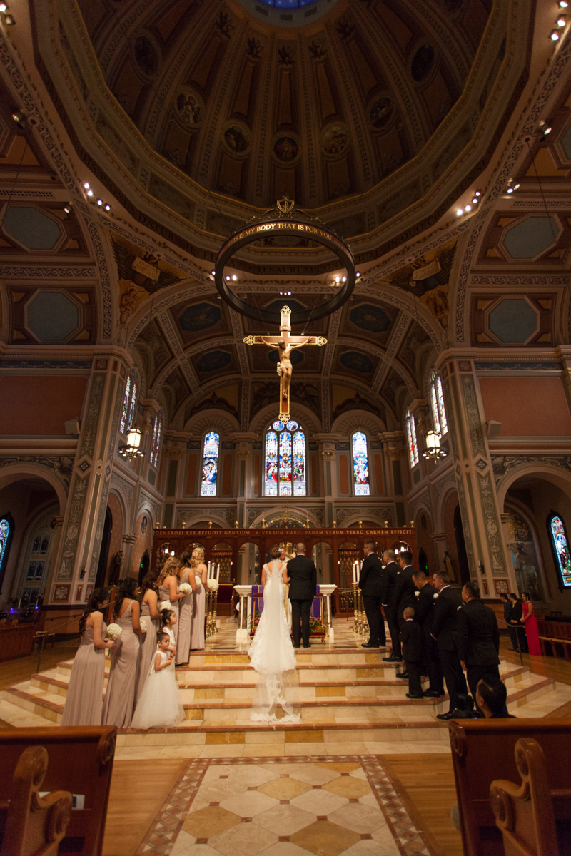 wedding-blessed-sacrament-cathedral-downtown-k-street-mall-13.jpg