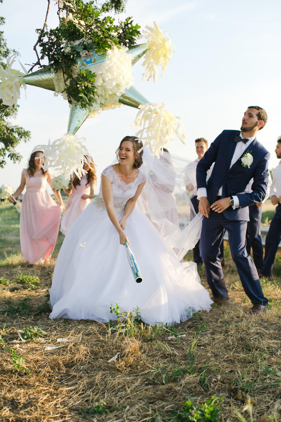 bride-groom-wedding-pinata-fun-west-sacramento