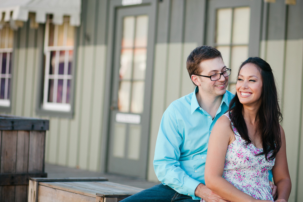 Old Sacramento engagement photos.jpg