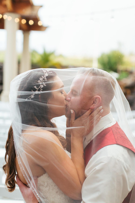 the-falls-event-center-roseville-california-wedding-photographer