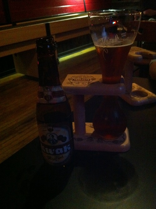 Kwak in Wood:     Drank Pauwel's best at Bad Apple.