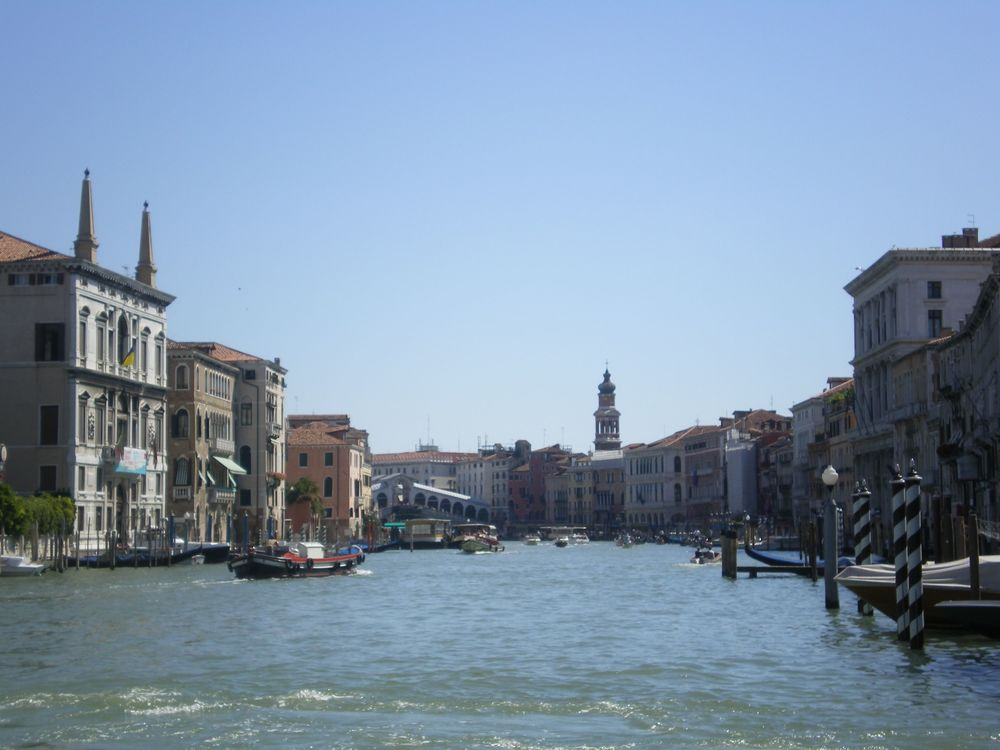 Image credit: View of the Rialto Bridge on the Grand Canal Venice. Photograph by Helen Lloyd 2007.