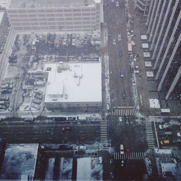 Snow_storm_from_the_26th_floor.jpg