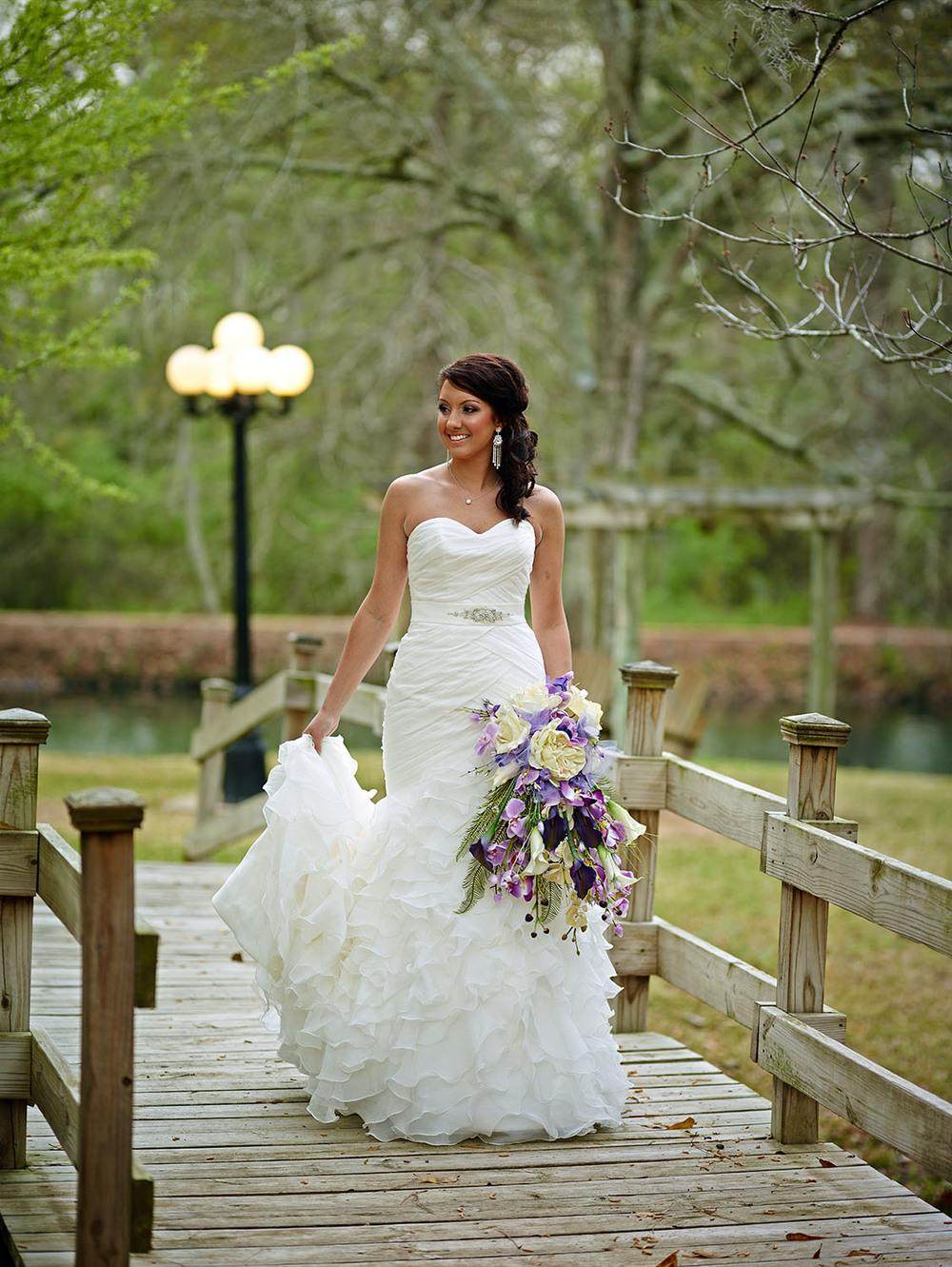 bridal-photos-northwest-forest-conference-center (2).jpg