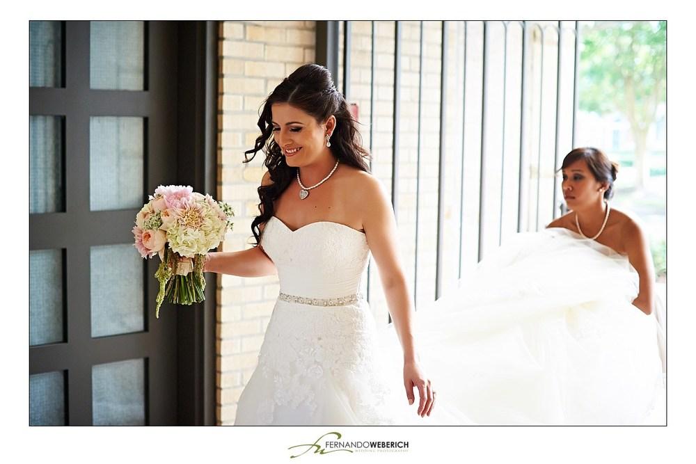 Crystal & Chris by Houston Wedding photographer Fernando Weberich (11).jpg