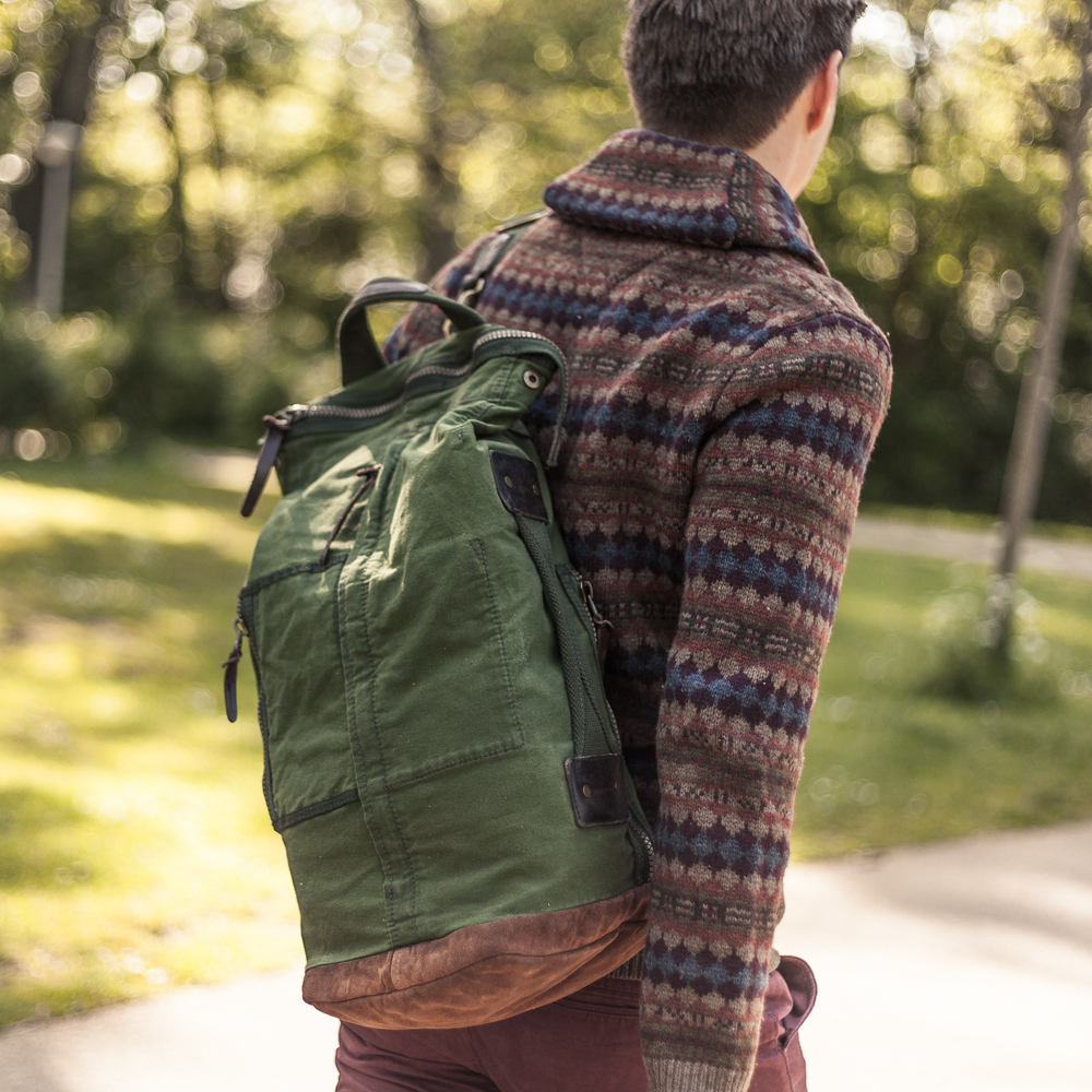 Carter Duffle - Green 8.jpg