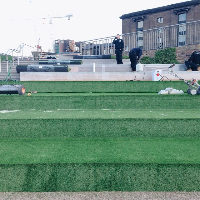 The grass is back. #summer #NC1 #kingscross #granarysq