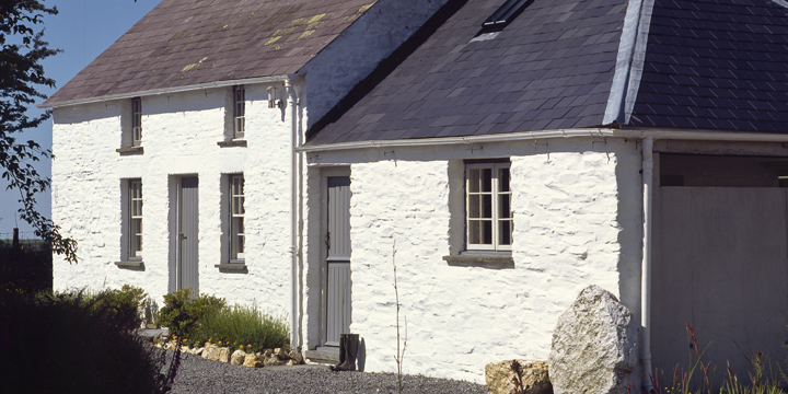 Bryncyn, Wales. Cottage converted by Dorian Bowen
