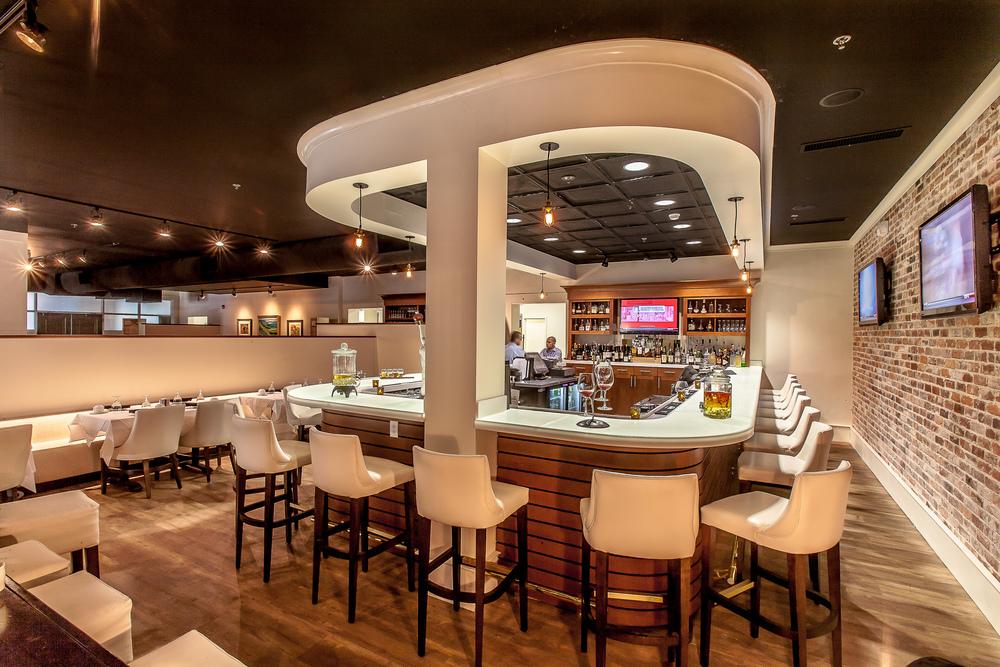 Victor's Bistro Bar