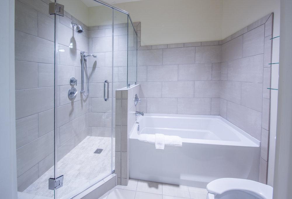 239 QQS Bath.jpg