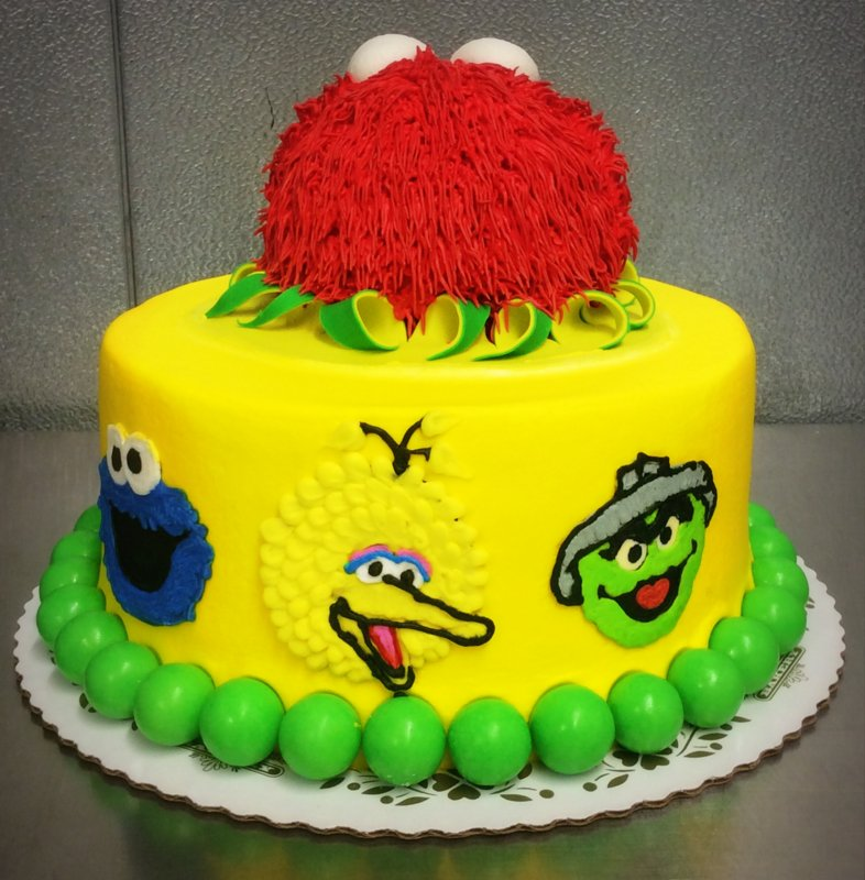 Sesame Street Round Cake with Elmo Topper