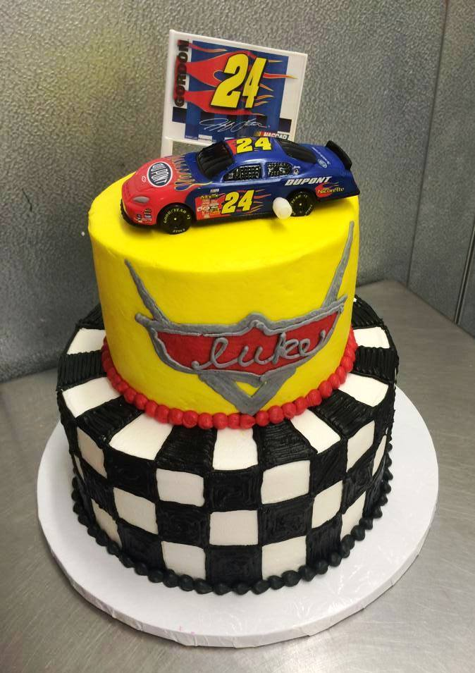 Car Racing Party Cake