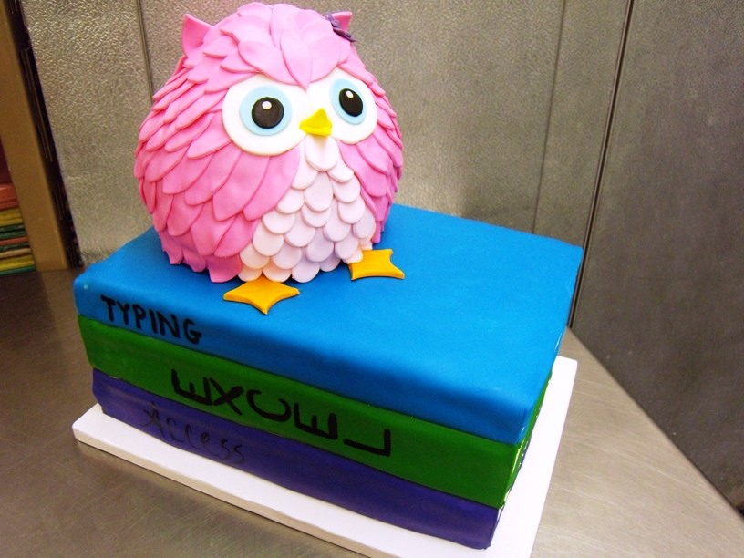 Owl and Books Shaped Cake