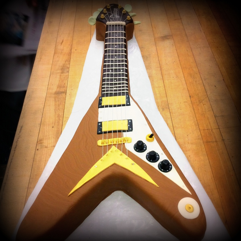 Gibson Flying V Guitar Cake