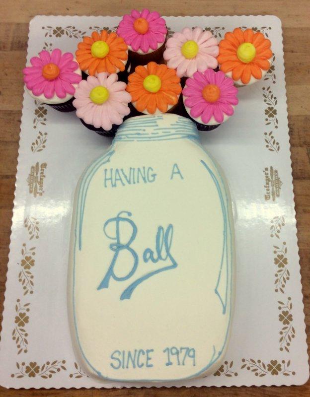 Mason Jar Bouquet Cake