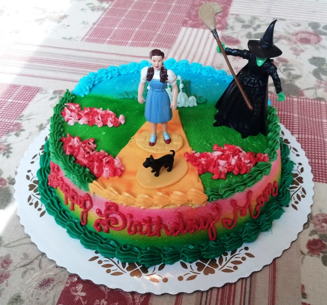 Wizard of Oz Round Cake