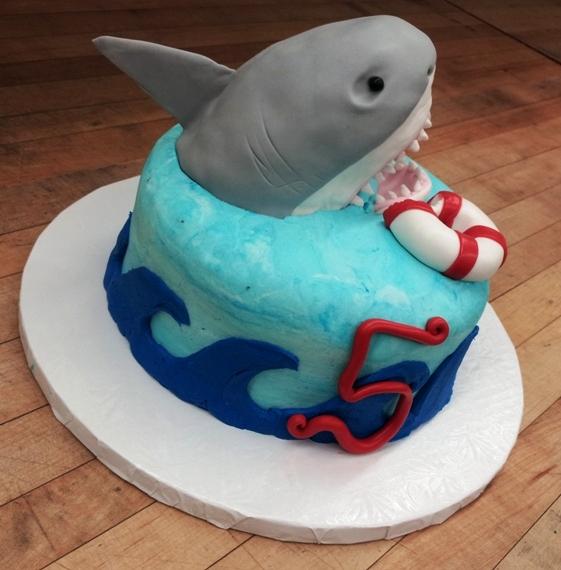 Mini Cake with Fondant Shark
