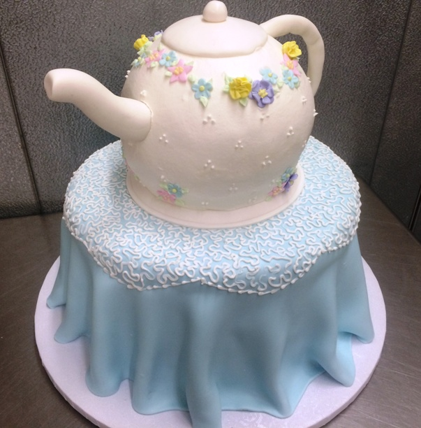 Teapot on a Table Cake