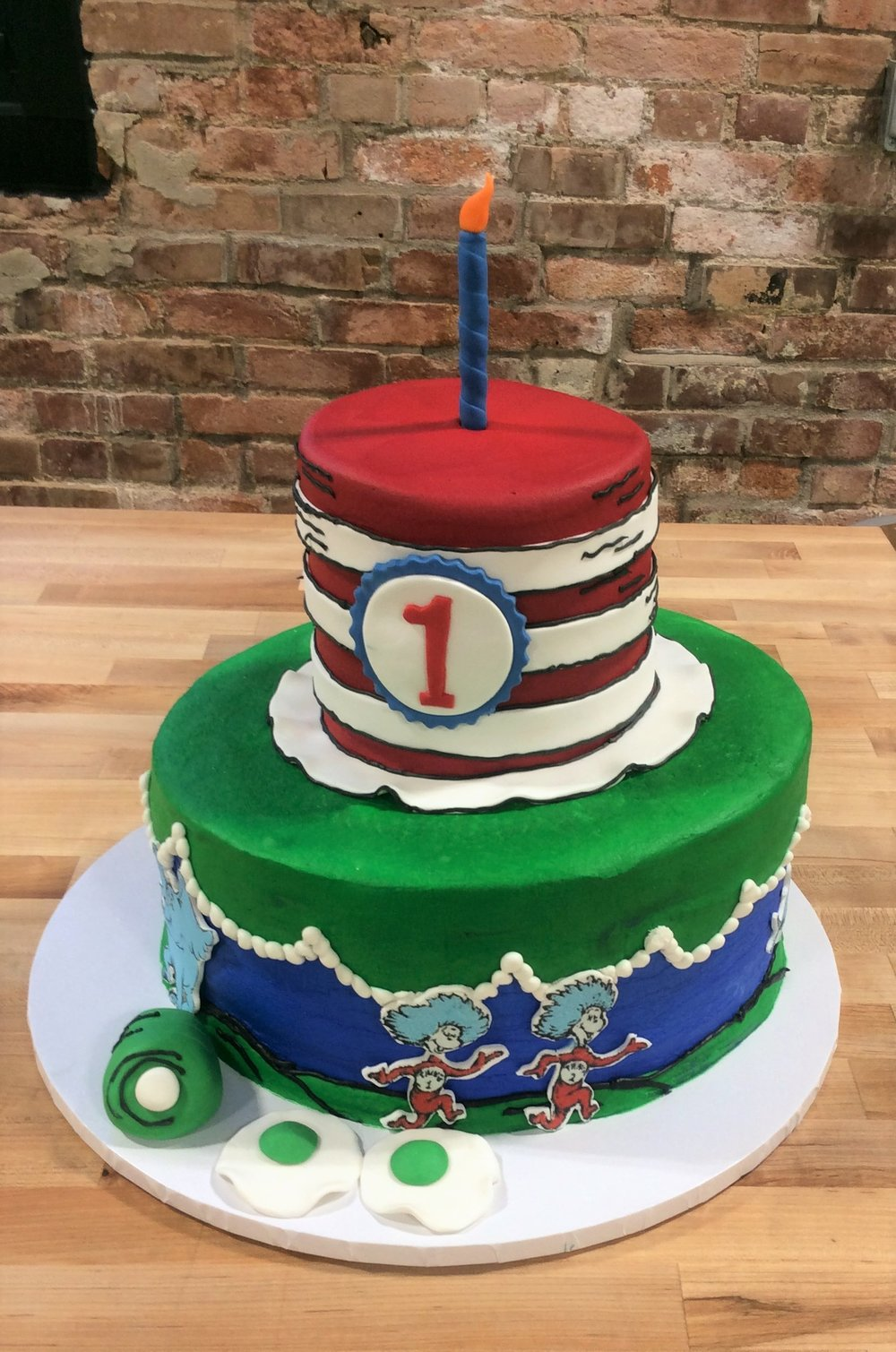 Dr Seuss Party Cake