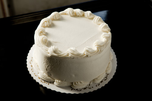 Plain  Layer Round Cake With Flavored Filling