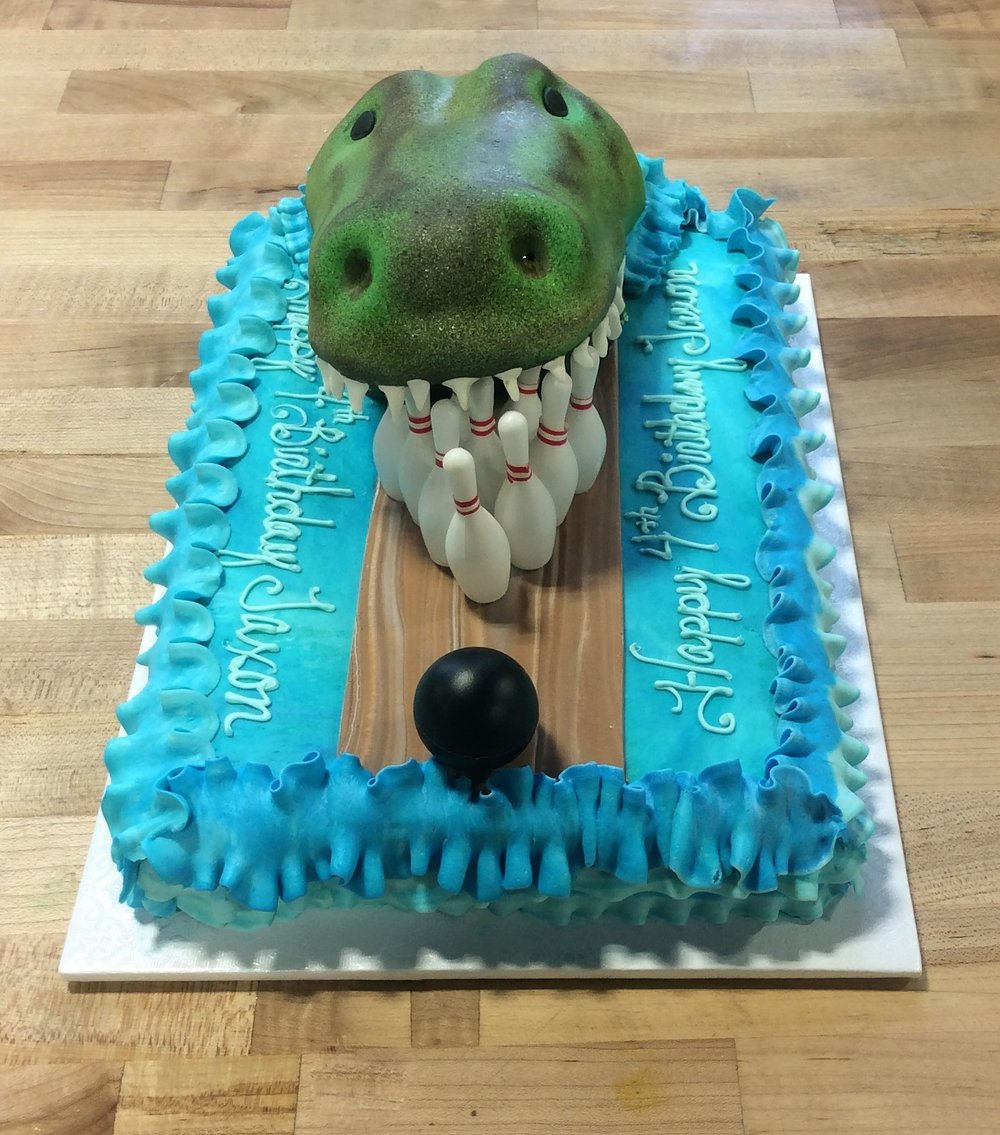 Sheet Cake with Sculpted Alligator and Bowling Scene 2