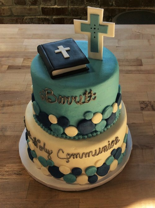 Party Cake With Fondant Bible And Cross Trefzgers Bakery