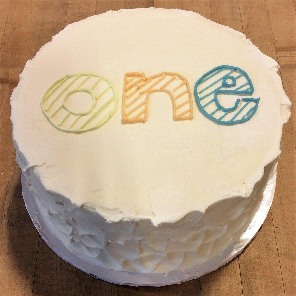 ONE Smash Cake