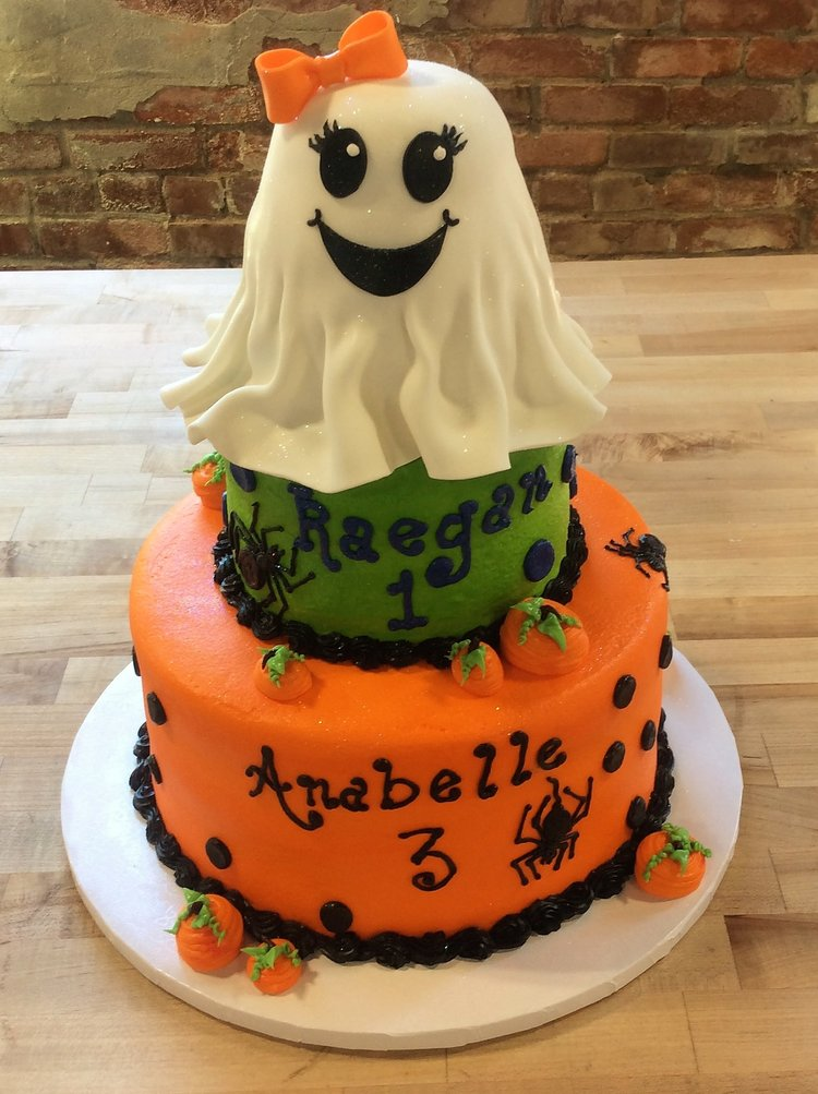 Halloween Party Cake with Ghost